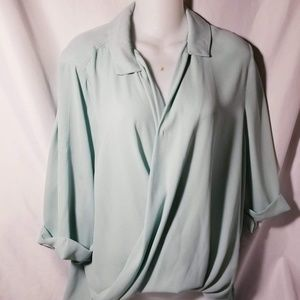 Mint Olive and Oak Blouse Size Small